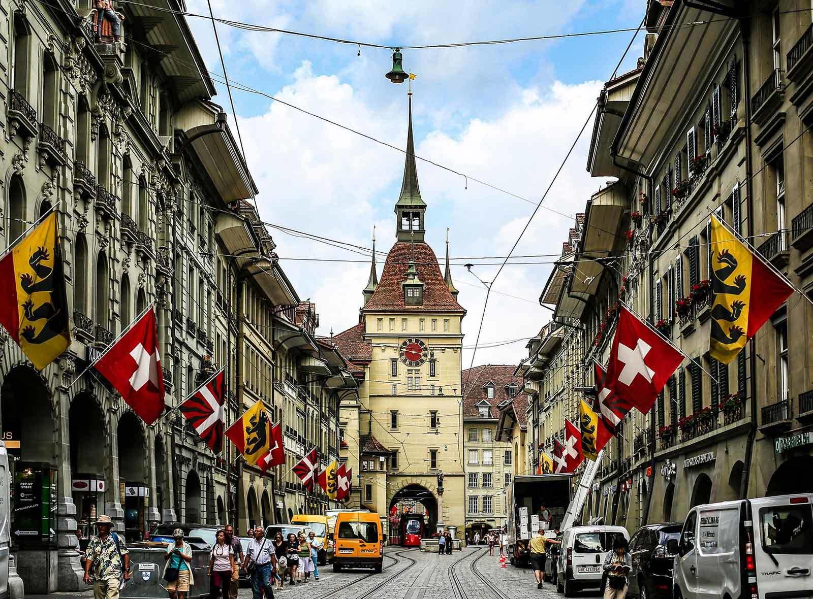 Berner Käfigturm und Marktgasse