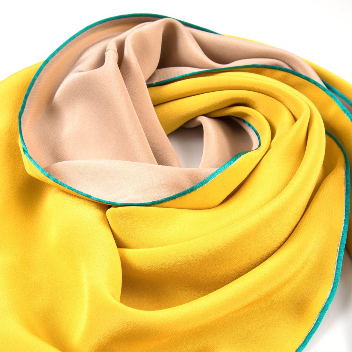 dreieckschal moitié carré in gelb beige von souze