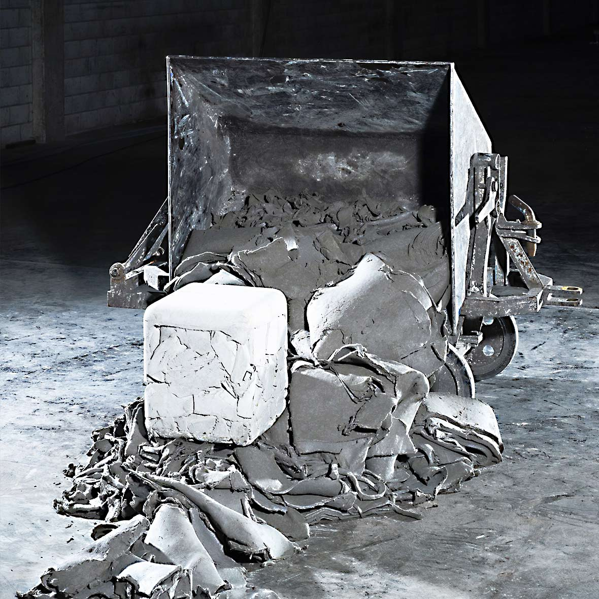 trash cube industrial designer nicolas le moingne