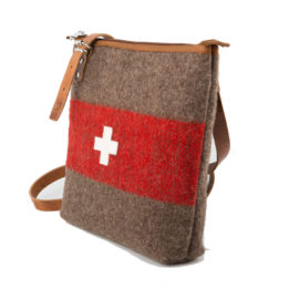umhängetasche wd 22 schweizer armeedecke schweizer kreuz