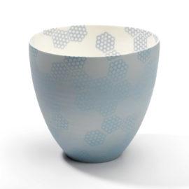 hohe porzellanschale wabenmuster hellblau grau