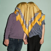seidentuch gelb handrolliert Öko tex kollektion le foulard